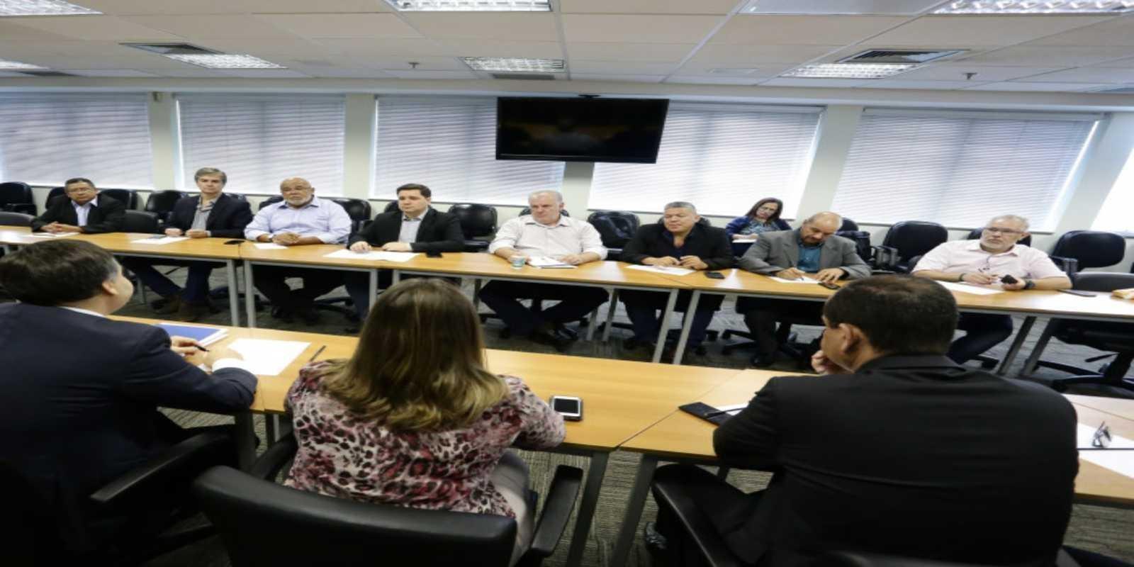 Alteração das cláusulas 31 e 33 são discutidas na Comissão Bipartite de Segurança Bancária
