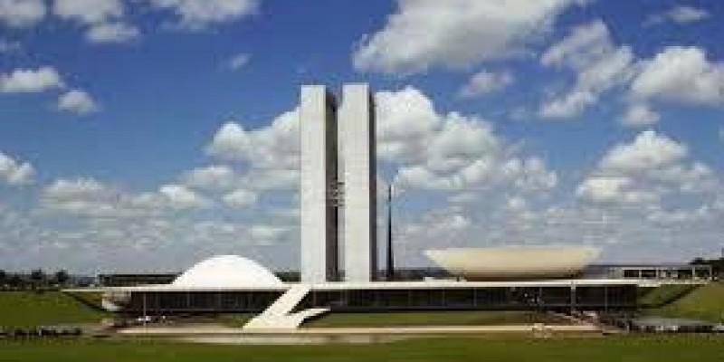 Contraf chama sindicatos e federações de bancários para forte mobilização no dia 18, em Brasília, contra PL 4.330