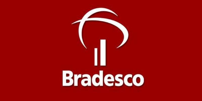 Seeb SP protesta contra falta de funcionários no Bradesco