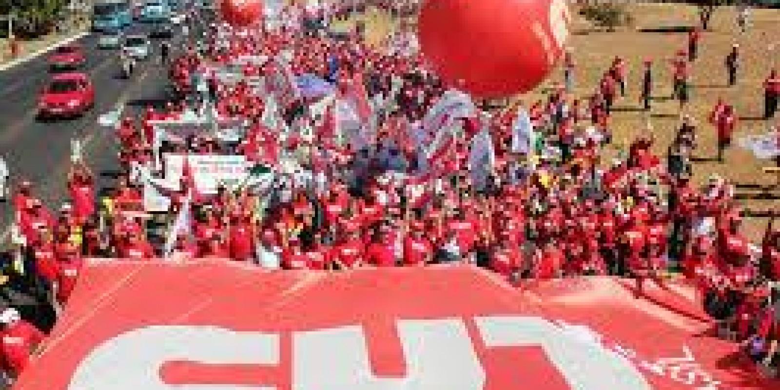 CUT pede que trabalhadores sigam em luta contra reforma trabalhista