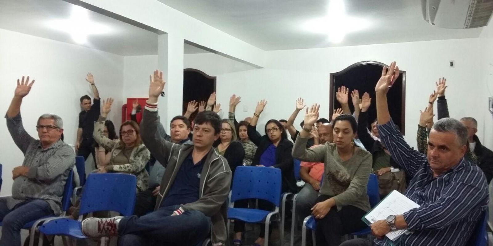 Bancários de Macaé e Região, aprovam propostas da Fenaban, Caixa e Banco do Brasil