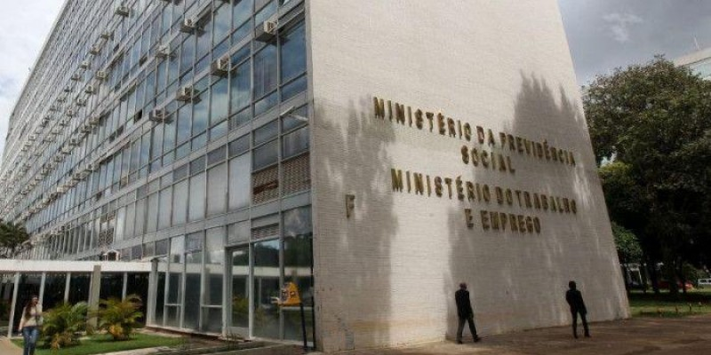 Contraf-CUT repudia anúncio de extinção do Ministério do Trabalho