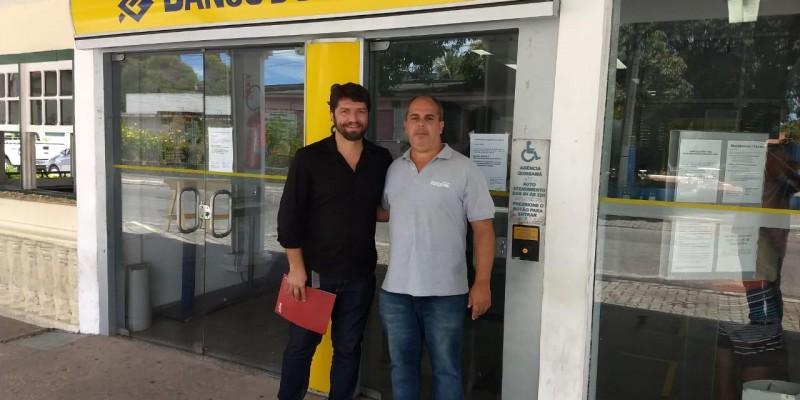 Sindicato realiza visita as agências bancárias da região com representante da Comissão de Empresa dos funcionários do Banco do Brasil