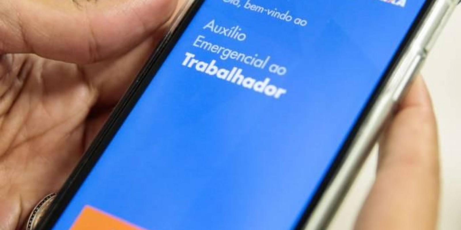 Caixa falha em resolver problemas em apps e central e reclamações explodem