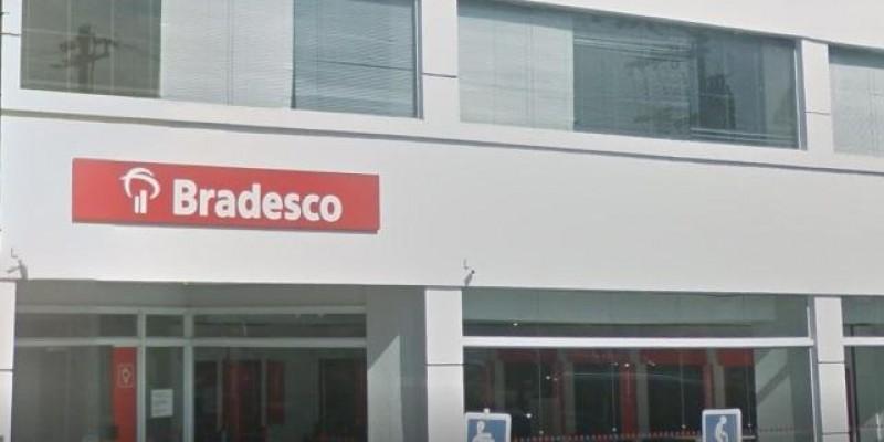 Com o acompanhamento do sindicato, agência do Bradesco no centro, fecha por contaminação de Covid-19