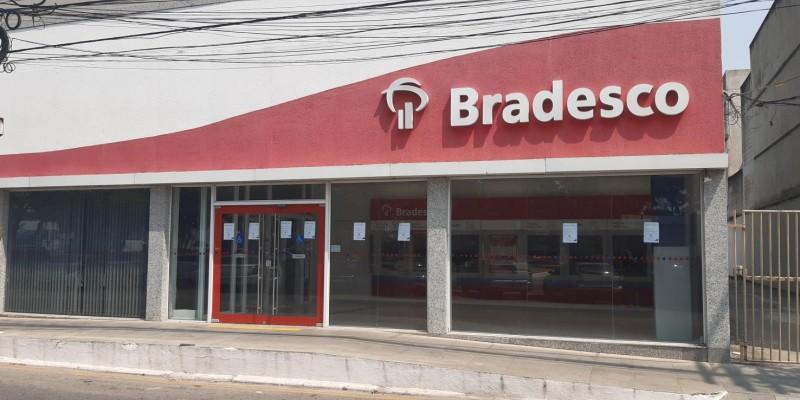 Bradesco fecha agência de Macaé.