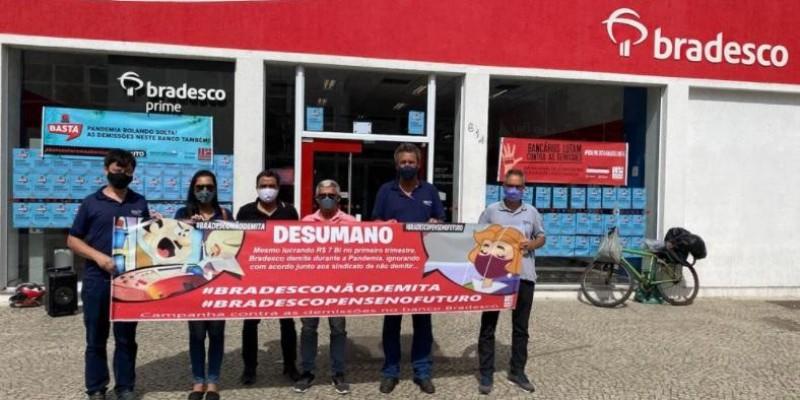 Sindicato realiza mais um dia de luta contra as demissões no Bradesco