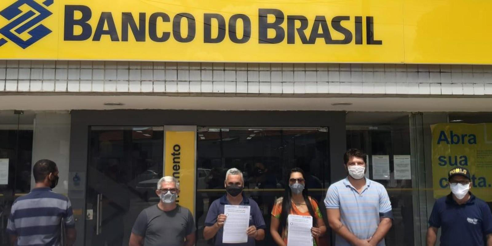 Sindicato realiza manifestação contra plano de desmonte do BB