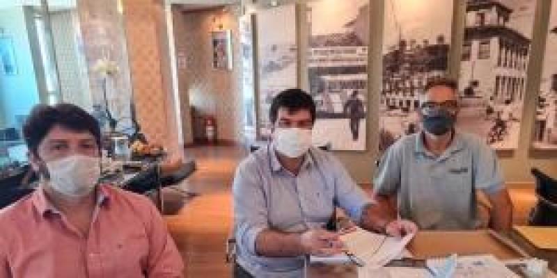 Sindicato dos Bancários de Macaé e Região solicita ao prefeito prioridade na vacinação.