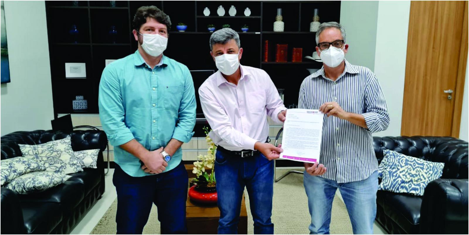 Sindicato entrega ofício solicitando vacinação para os bancários.